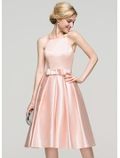 A-Line/Princess Square Neckline Knee-Length Satin Cocktail Dress With Bow(s)