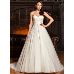 Ball-Gown Sweetheart Sweep Train Tulle Lace Wedding Dress With Bow(s)