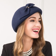Ladies' Vintage Wool With Bowknot Beret Hat