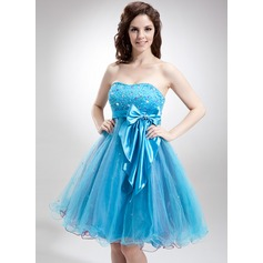 Empire Sweetheart Knee-Length Tulle Homecoming Dress With Beading Sequins Bow(s)