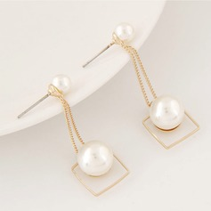 Beautiful Alloy Imitation Pearls With Imitation Pearl Ladies' Fashion Earrings