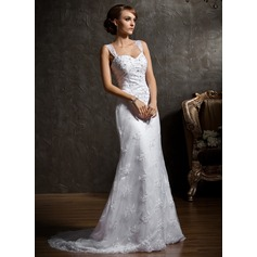 Trumpet/Mermaid Sweetheart Chapel Train Lace Wedding Dress With Beading Appliques Lace