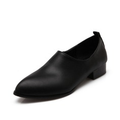 Leatherette Low Heel Flats Closed Toe shoes (086062326)