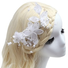Pretty Artificial Silk Flowers & Feathers