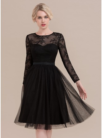 Scoop Neck Knee-Length Tulle Cocktail Dress