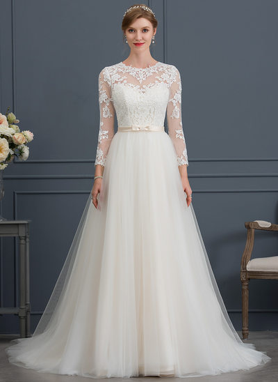 Ball-Gown Scoop Neck Court Train Tulle Wedding Dress With Bow(s)