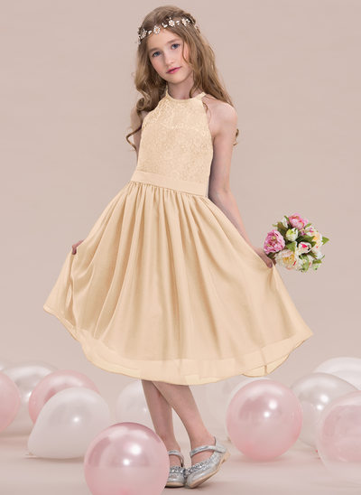 A-Line/Princess Scoop Neck Knee-Length Chiffon Junior Bridesmaid Dress