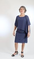 Sheath/Column Scoop Neck Knee-Length Chiffon Mother of the Bride Dress With Ruffle (008131923)