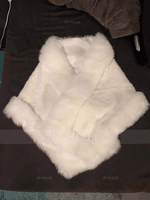 Faux Fur Fashion Wrap (013147287)
