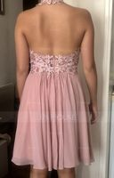 A-Line Halter Knee-Length Chiffon Homecoming Dress With Lace Beading (022164853)