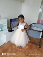 A-Line Knee-length Flower Girl Dress - Tulle/Lace Sleeveless Scoop Neck With Bow(s) (010104939)