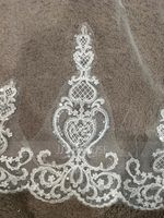 One-tier Lace Applique Edge Cathedral Bridal Veils With Sequin/Lace (006154748)