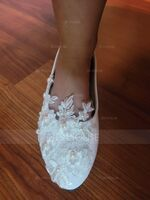 Women's Leatherette Flat Heel Closed Toe Flats With Imitation Pearl Applique (047149228)