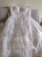 Ball-Gown V-neck Floor-Length Tulle Wedding Dress With Lace Sequins (002014820)
