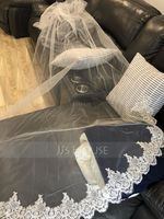Two-tier Lace Applique Edge Cathedral Bridal Veils With Lace (006183281)