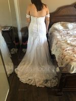 Trumpet/Mermaid Off-the-Shoulder Court Train Tulle Wedding Dress (002186400)