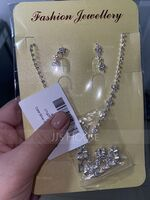 Ladies' Elegant Alloy/Rhinestones Jewelry Sets (011253751)