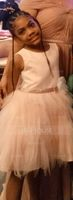 A-Line Knee-length Flower Girl Dress - Tulle/Lace Sleeveless Scoop Neck With Flower(s) (010164721)