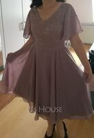 A-Line V-neck Knee-Length Chiffon Lace Bridesmaid Dress With Sequins (007255161)