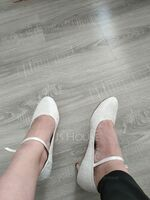 Women's Lace Silk Like Satin Kitten Heel Closed Toe With Crystal (047167842)