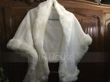 Faux Fur Special Occasion Shawl (013216971)