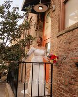 Trumpet/Mermaid Off-the-Shoulder Court Train Wedding Dress With Lace (002254975)