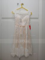 A-Line Scoop Neck Knee-Length Tulle Lace Wedding Dress With Bow(s) (002117037)