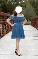 A-Line Off-the-Shoulder Short/Mini Tulle Homecoming Dress With Beading Sequins (022206527)