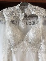 Trumpet/Mermaid V-neck Sweep Train Chiffon Lace Wedding Dress With Sequins (002250154)