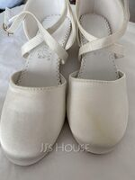 Girl's Round Toe Closed Toe Flats Sneakers & Athletic Flower Girl Shoes With Velcro (207204373)