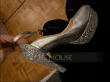 Women's Leatherette Chunky Heel Closed Toe Platform Pumps With Sparkling Glitter (047111885)