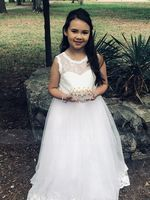 Ball-Gown/Princess Floor-length Flower Girl Dress - Tulle/Lace Sleeveless Scoop Neck With Sash/Beading (Undetachable sash) (010130873)