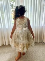 A-Line/Princess Knee-length Flower Girl Dress - Tulle/Lace Sleeveless Straps With Bow(s)/Rhinestone (010147439)