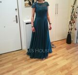 A-Line Scoop Neck Floor-Length Chiffon Lace Bridesmaid Dress With Pockets (007206482)