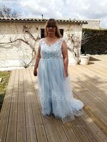 Ball-Gown V-neck Sweep Train Tulle Wedding Dress With Beading Appliques Lace Sequins (002127249)