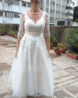 Ball-Gown/Princess V-neck Tea-Length Tulle Wedding Dress (002186383)