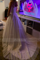 Ball-Gown Sweetheart Court Train Tulle Wedding Dress With Ruffle Beading (002127270)