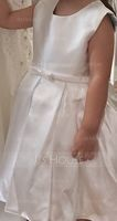 A-Line/Princess Knee-length Flower Girl Dress - Satin Sleeveless Scoop Neck With Ruffles (010090649)