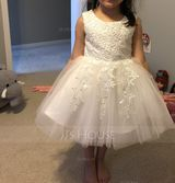 A-Line/Princess Knee-length Flower Girl Dress - Satin/Tulle/Lace/Cotton Sleeveless Scoop Neck With Appliques (010092646)