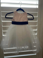 A-Line Knee-length Flower Girl Dress - Satin/Tulle/Sequined Sleeveless Scoop Neck With Sequins/Bow(s) (Undetachable sash) (010123031)