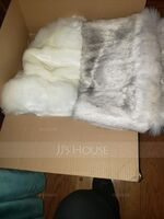 Faux Fur Wedding Shawl (013218339)