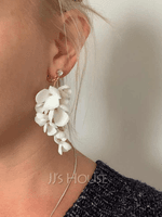 Ladies' Elegant Alloy Rhinestone/Beads Earrings For Bride/For Bridesmaid/For Mother/For Her (011251055)