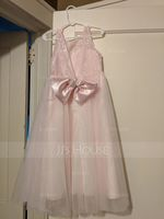A-Line/Princess Scoop Neck Tea-Length Tulle Junior Bridesmaid Dress With Beading Bow(s) (009130507)