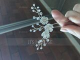 Ladies Crystal Combs & Barrettes (Sold in single piece) (042221374)
