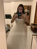 A-Line/Princess Scoop Neck Court Train Tulle Lace Wedding Dress With Beading Bow(s) (002111935)