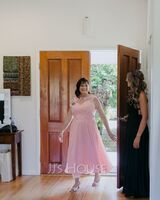 A-Line Scoop Neck Floor-Length Chiffon Prom Dresses With Lace Beading (018175912)