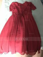 A-Line V-neck Knee-Length Chiffon Bridesmaid Dress With Lace (007244570)