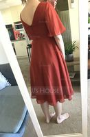 A-Line V-neck Knee-Length Chiffon Bridesmaid Dress With Split Front (007233674)