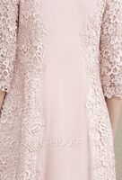 Sheath/Column Scoop Neck Knee-Length Lace Stretch Crepe Mother of the Bride Dress (008195379)