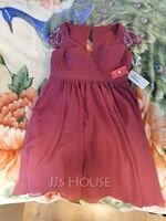Sweetheart Knee-Length Chiffon Mother of the Bride Dress With Ruffle Beading Sequins (267239535)